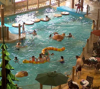 Great Wolf Lodge Water Park Wave Pool
